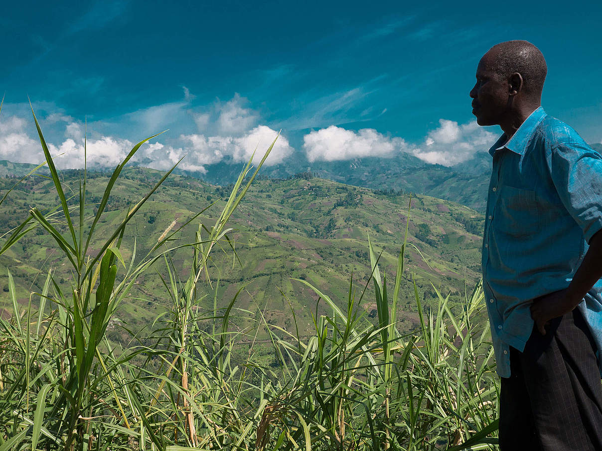 Landschaft in Virunga © Simon Bemelmans / WWF